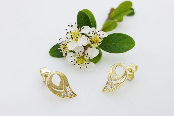 Ženski uhani iz rumenega zlata, kapljica s cirkoni