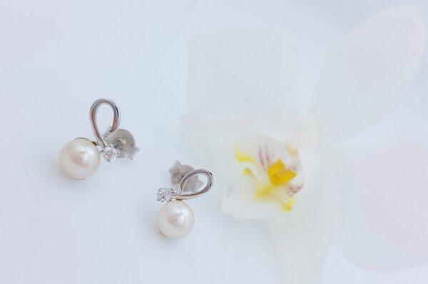 Ženski uhani iz belega zlata biser s pentljo