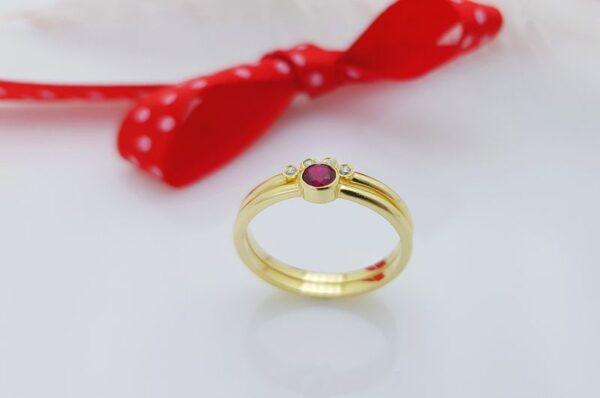 Ženski prstan iz rumenega zlata rubin sestavljiv 2v1