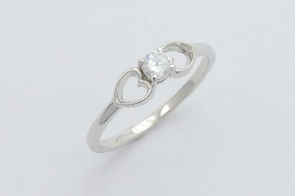 zaročni prstan iz belega zlata dvoje src
