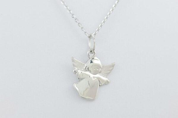 Srebrn otroški ali ženski obesek angel srce