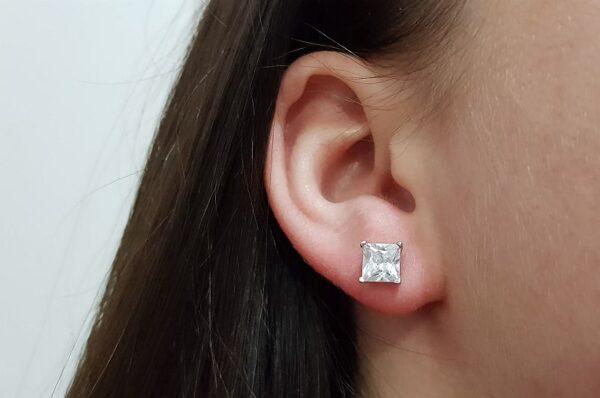 Srebrni ženski uhani kvadraten cirkon 6 mm