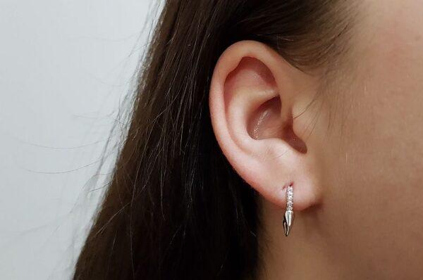 Srebrni ženski ali moški uhani s cirkoni bodice