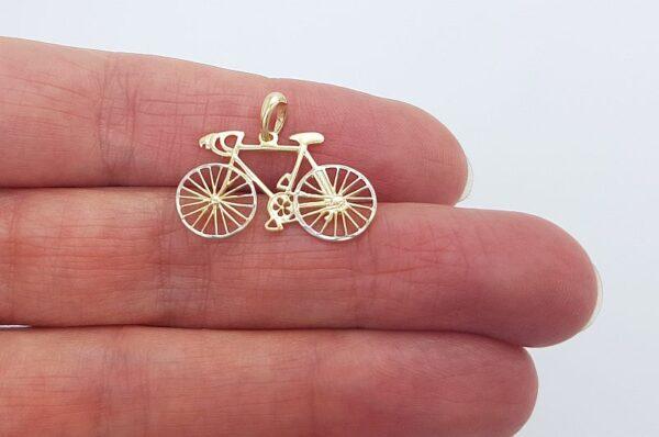Ženski ali moški obesek iz rumenega zlata, kolo