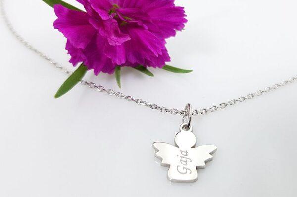 Srebrna ženska ali otroška verižica, angel