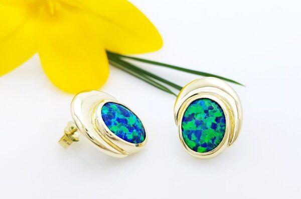 Ženski uhani iz rumenega zlata, modro zelen sintetičen opal