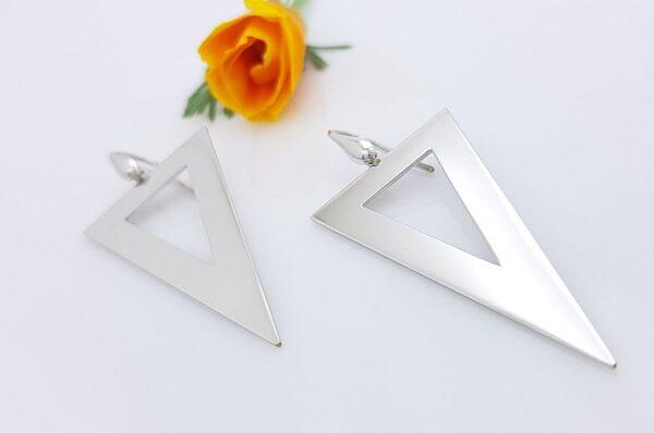 Srebrni ženski uhani, trikotnik