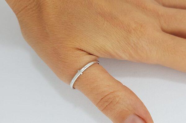 Ženski prstan za palec, belo zlato, križ