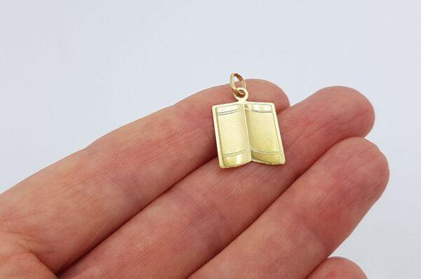 Ženski obesek iz rumenega zlata ploščica, odprta knjiga